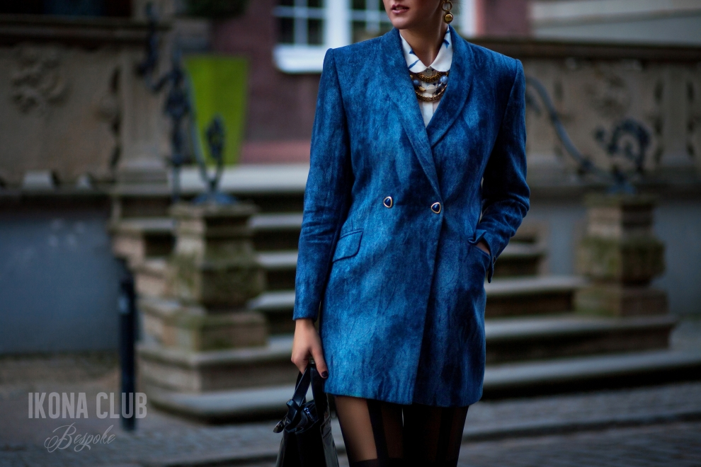 Fashion| Tailored womens coat