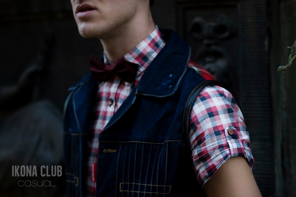 Street fashion photo | Denim waistcoat