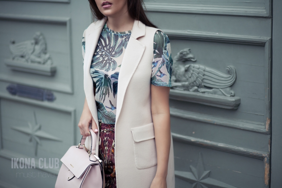 Street fashion photo | Max Mara long vest
