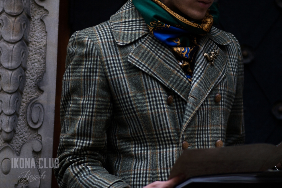 Street fashion photo | Bespoke coat