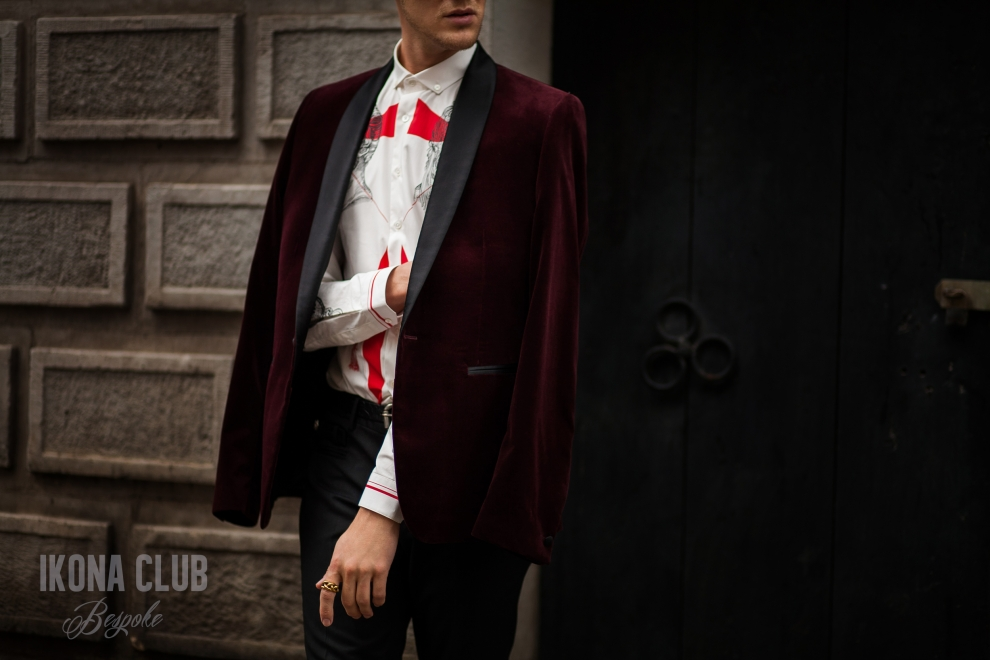 Street fashion photo | Red velvet smoking jacket