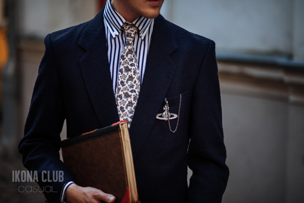 Fashion | Mens silk tie
